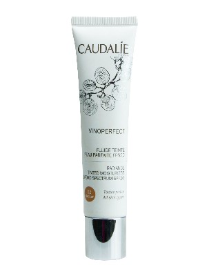 Vinoperfect fluido color tono medio fps 20 caudalie